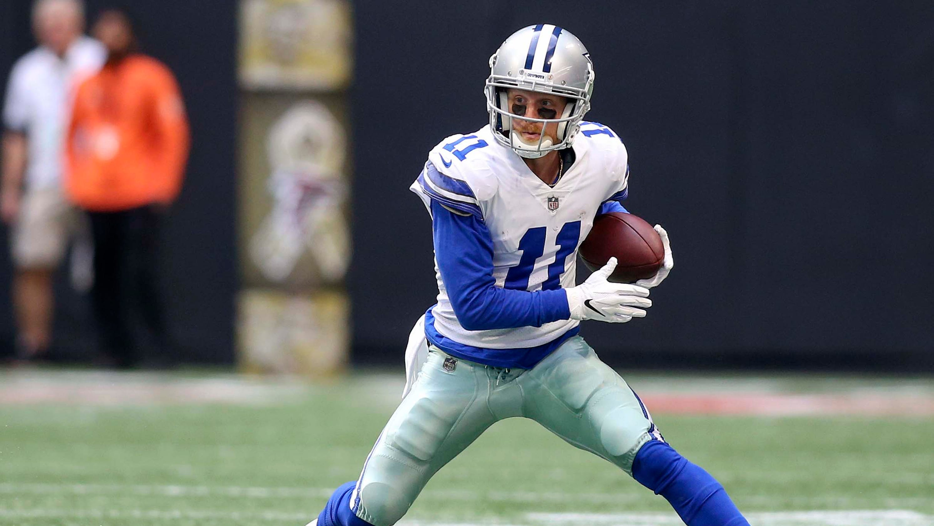 9b00f887e40b90 Free agent receiver Cole Beasley blasts Dallas Cowboys  front office for  lack of reps