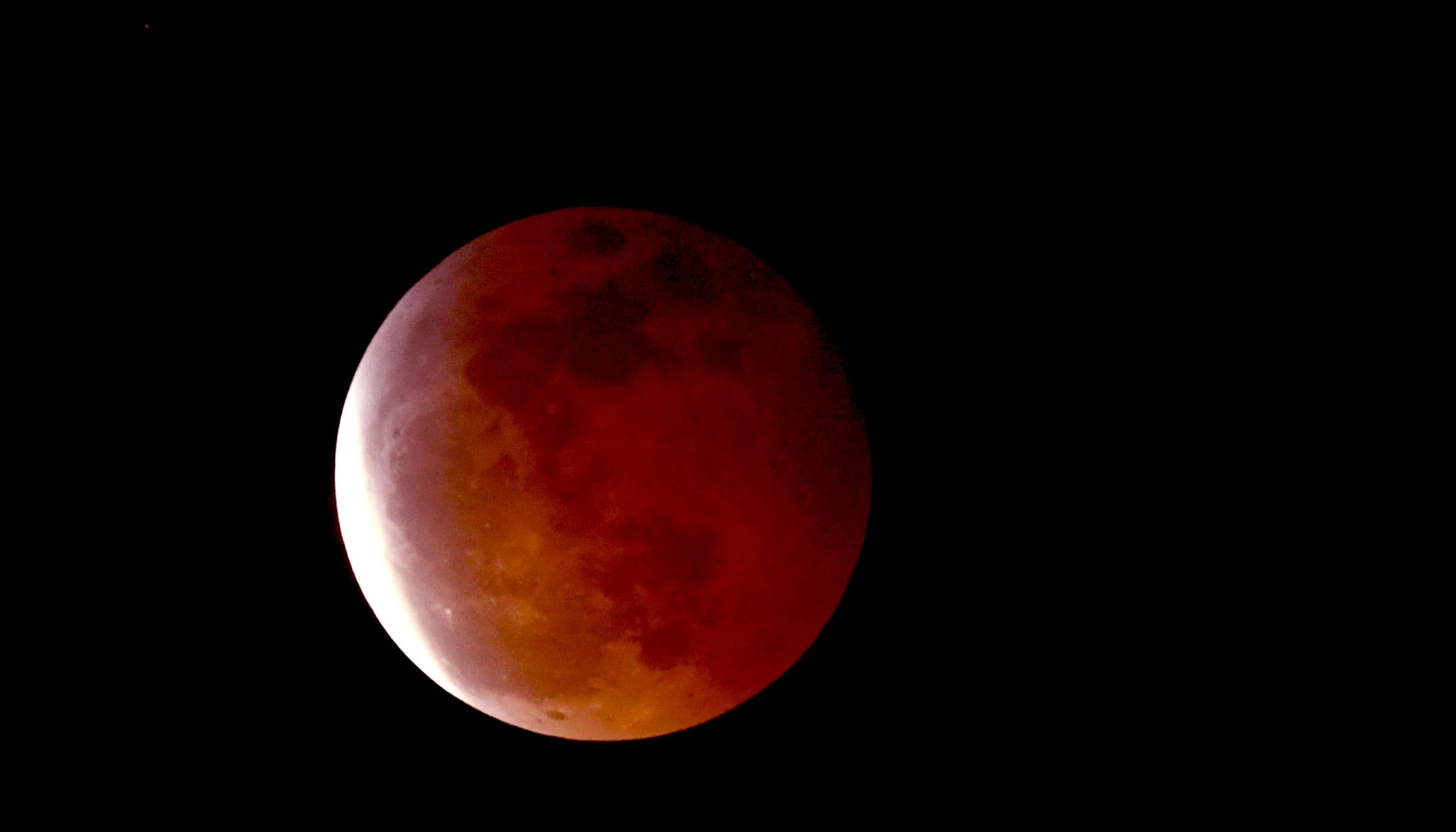 blood moon today sri lanka - photo #38