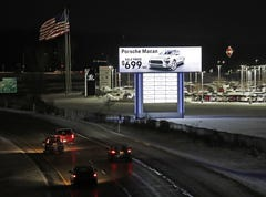 Bergstrom makes changes to bring I-41 billboards into compliance with federal law