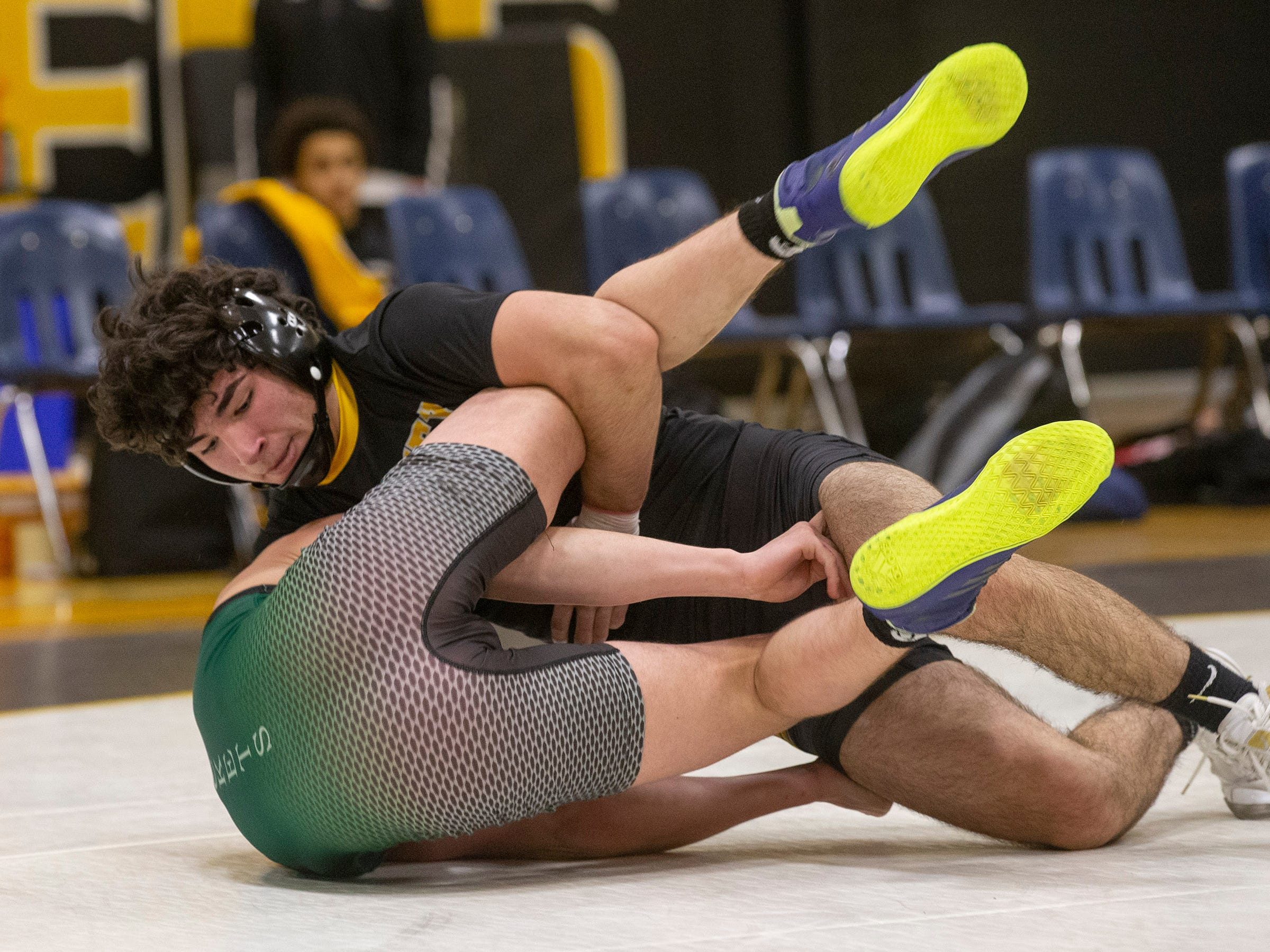 Raritan Wrestling defeats St John Vianney in Holmdel, NJ on January 23, 2019.