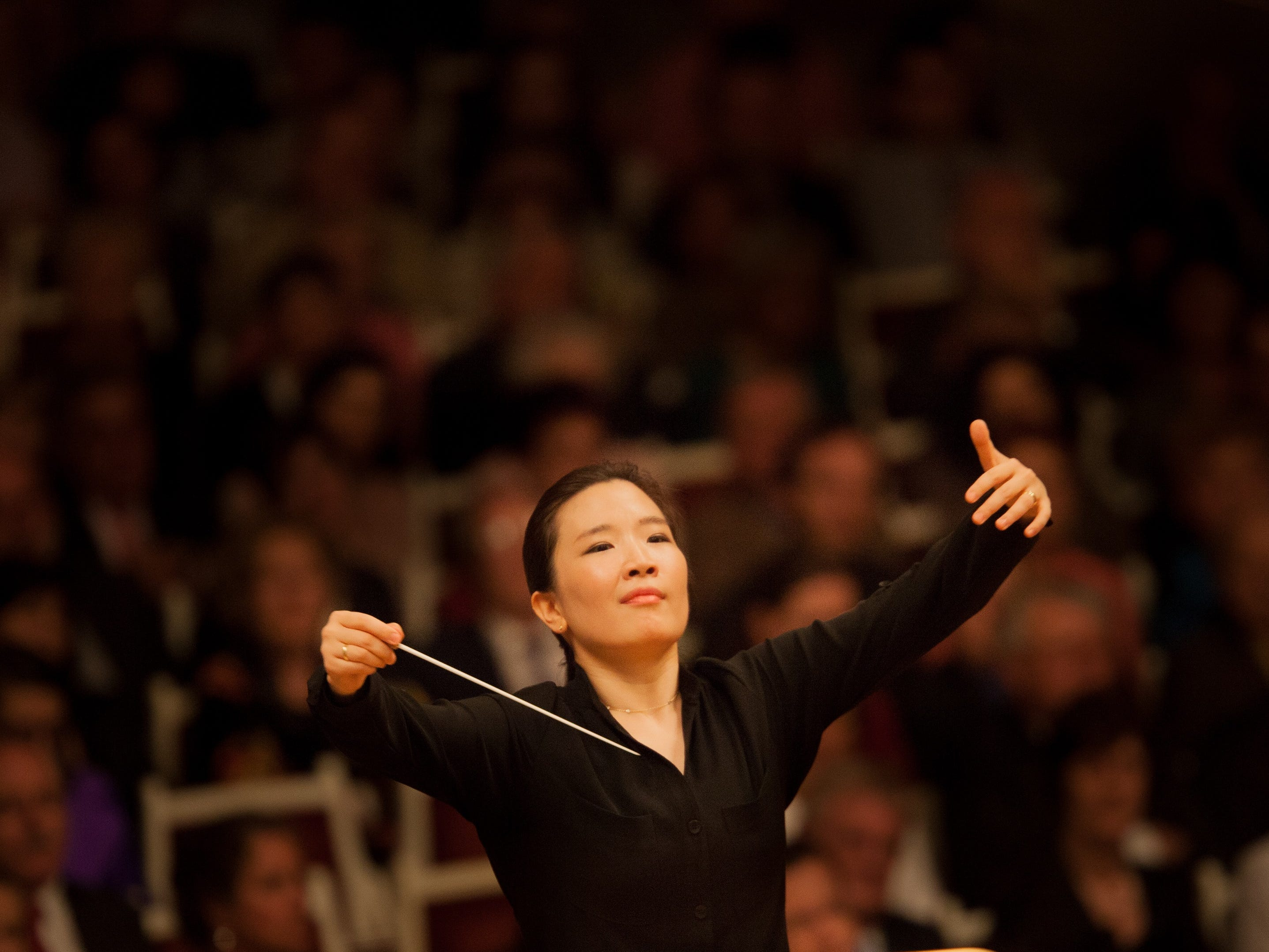 When conductor Eun-Sun Kim stepped in to replace James Levine at last spring's May Festival, she became the first woman to lead a festival concert in its 145-year history. She returns to lead the CSO Sept. 28-29.