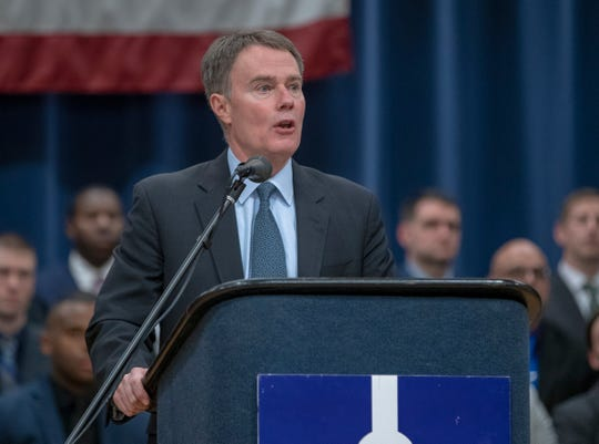 Mayor Joe Hogsett makes an announcement about increased pay for new police officers, and incentive bonuses for finding new recruits, Indianapolis, Thursday, Jan. 24, 2019.