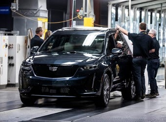 Cadillac is rolling out the XT6 to help end its shortage of the crossover models American drivers have come to prefer over the last decade.