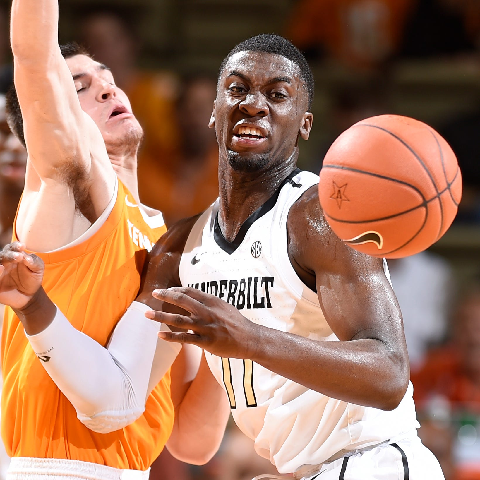 No. 1 UT Vols survive, beat Vanderbilt 88-83 in overtime