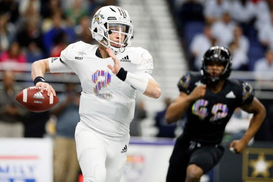 West quarterback Spencer Rattler looks to throw during U.S. Army All-American Bowl high school football game at the Alamodome on Jan. 2, 2019.