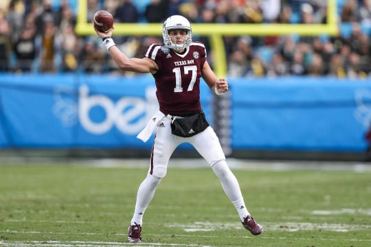 Texas A&M Aggies quarterback Nick Starkel (17) could be transferring. Is Arizona an option?