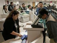El ICE analiza las licencias de manejo en busca de inmigrantes indocumentados