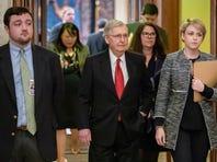 Senado rechaza propuestas de demócratas y republicanos