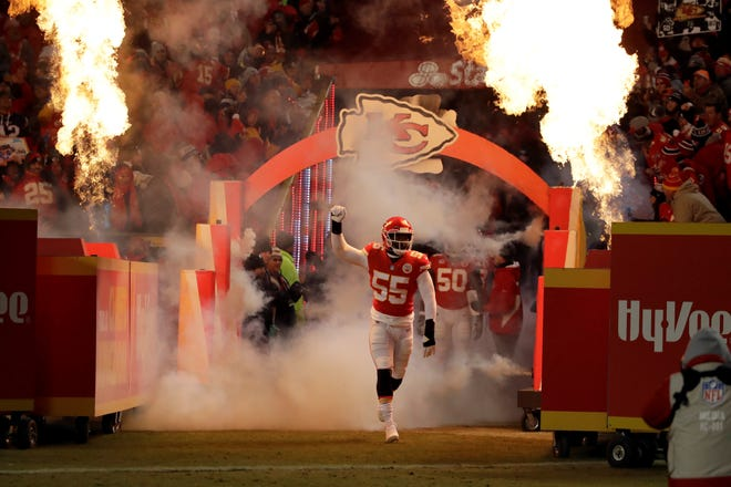 Kansas City Chiefs outside linebacker Dee Ford (55) runs on to the field before the AFC championship game on Sunday. Ford was called for a critical penalty late in the game. Kansas City eventually lost to New England.