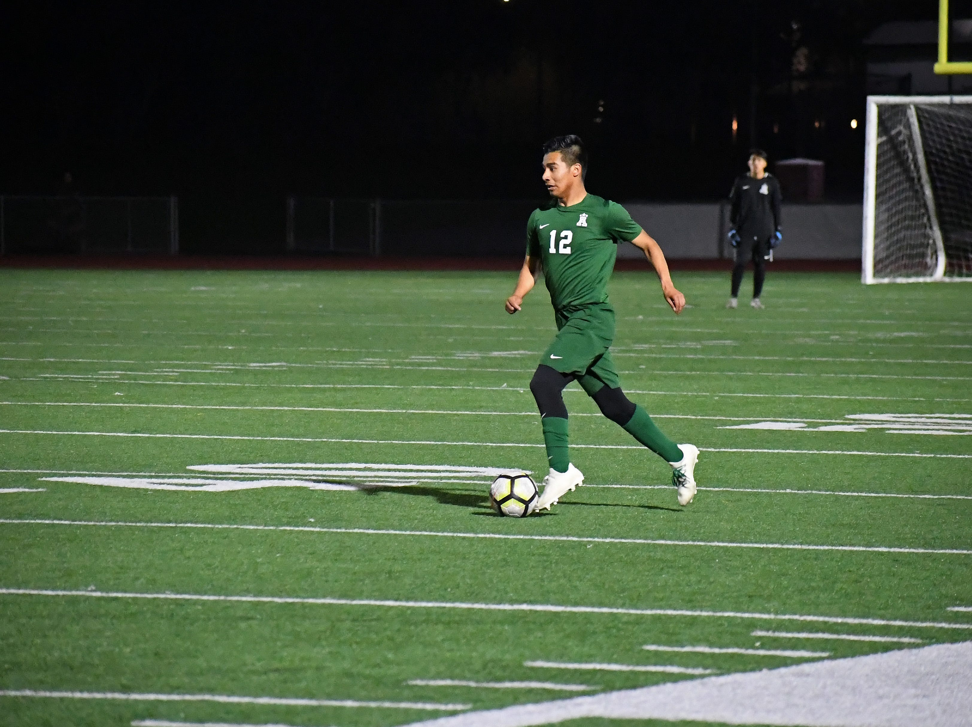 Alisal midfielder Jesus Gregorio (12) sprints towards the attacking third.