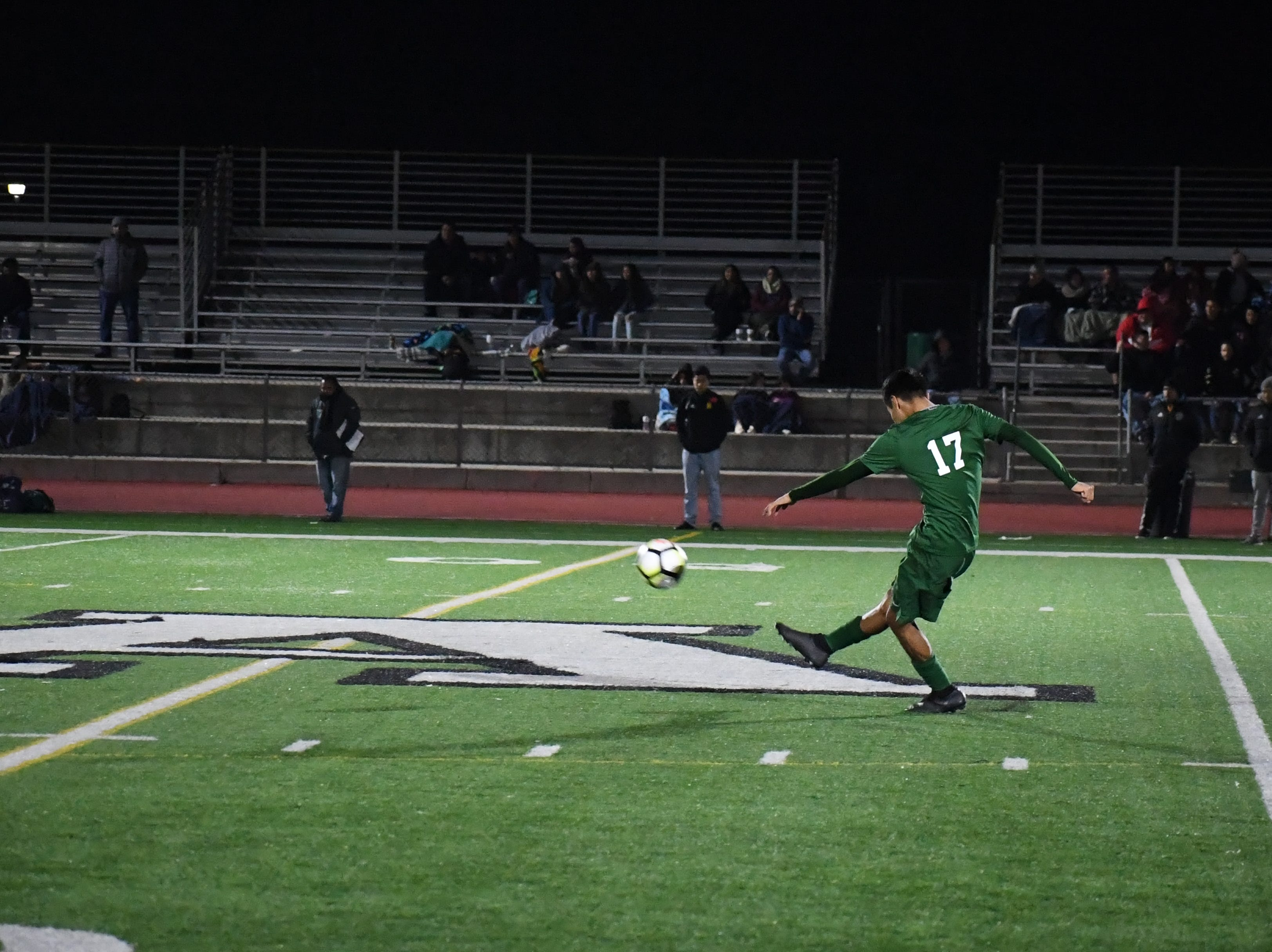 Alisal defender Angel Medrano (17) kicks the ball towards the attacking third.
