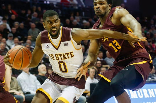 Josh Webster, of Missouri State, drives to the net during the Nears game against Loyola at JQH Arena on Wednesday, Jan. 23, 2019.