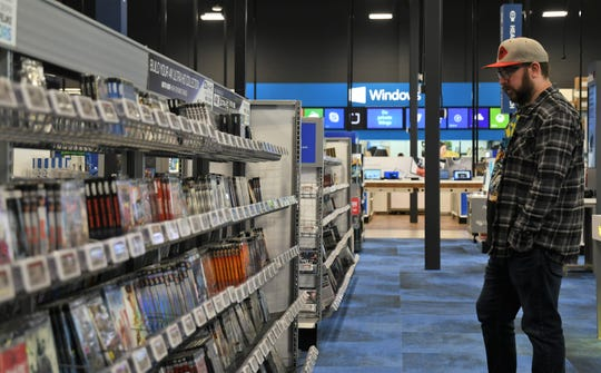 "Curious customers visited Best Buy during its ""soft-opening"" period for a sneak peek at the electronics retailer's new Visalia location on Jan. 24, 2019."