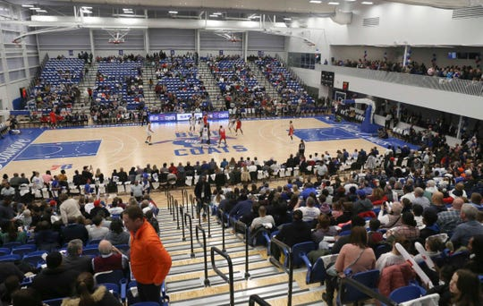 Tipoff finds the crowd still entering the 76ers Field House as soon-to-be-rectified traffic snarls slow down fans getting to the arena. The Delaware Blue Coats of the NBA G-League opened in Wilmington on Wednesday.