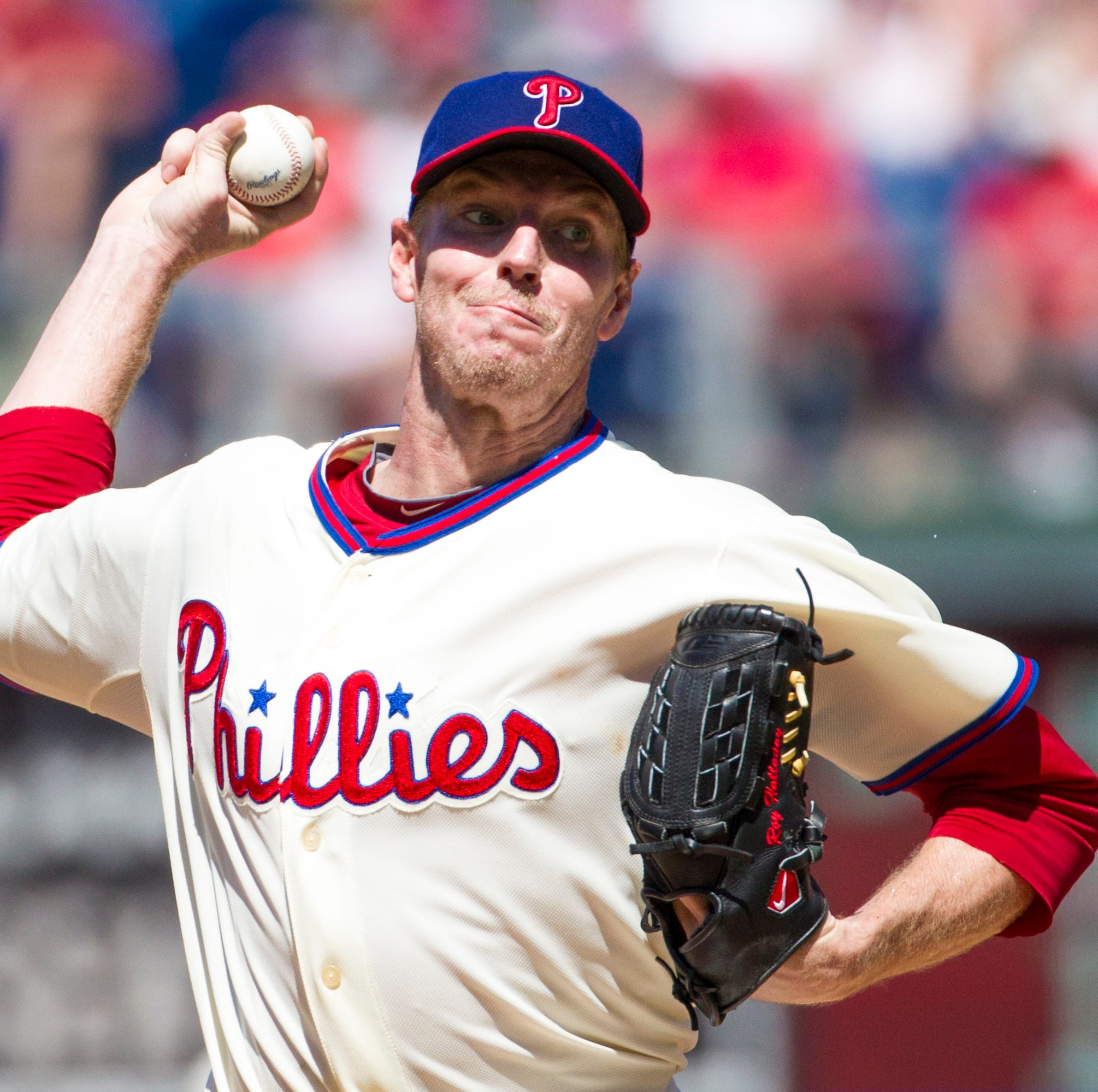 No hat logo for Roy Halladay's Hall of Fame plaque