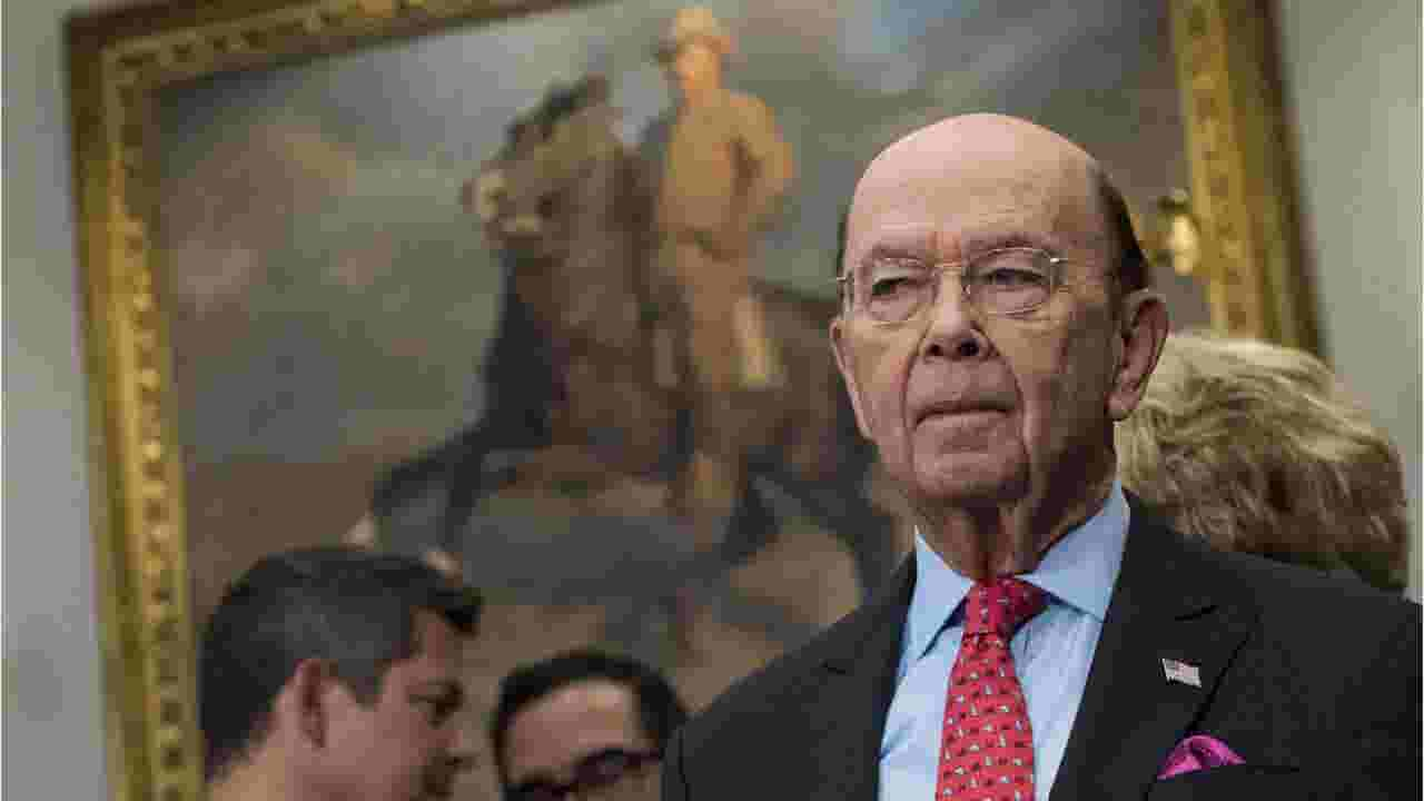 Shutdown Wilbur Ross Doesnt See Why Workers Are Going To Food Banks