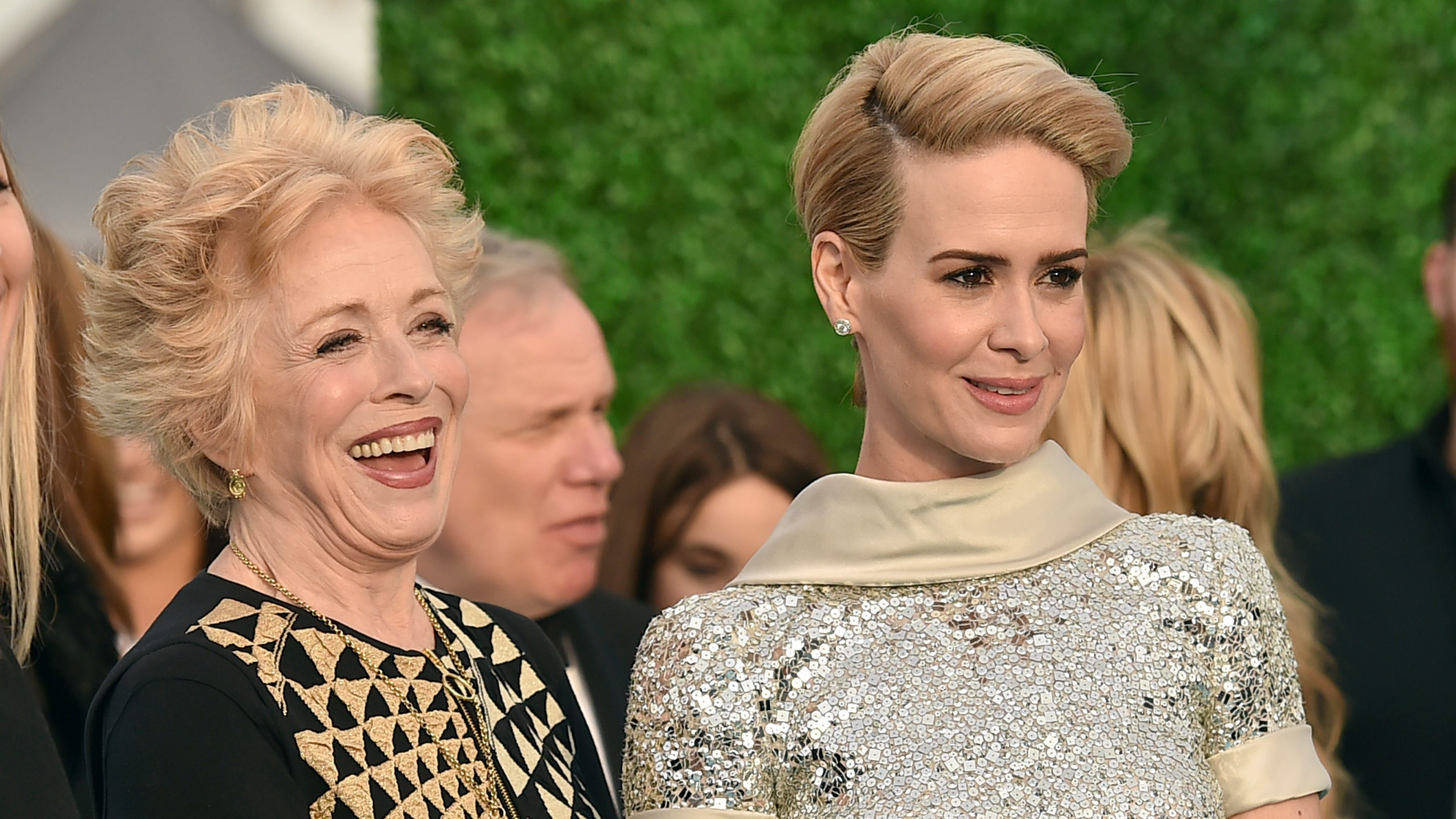 Sarah Paulson: Holland Taylor romance blossomed over Twitter