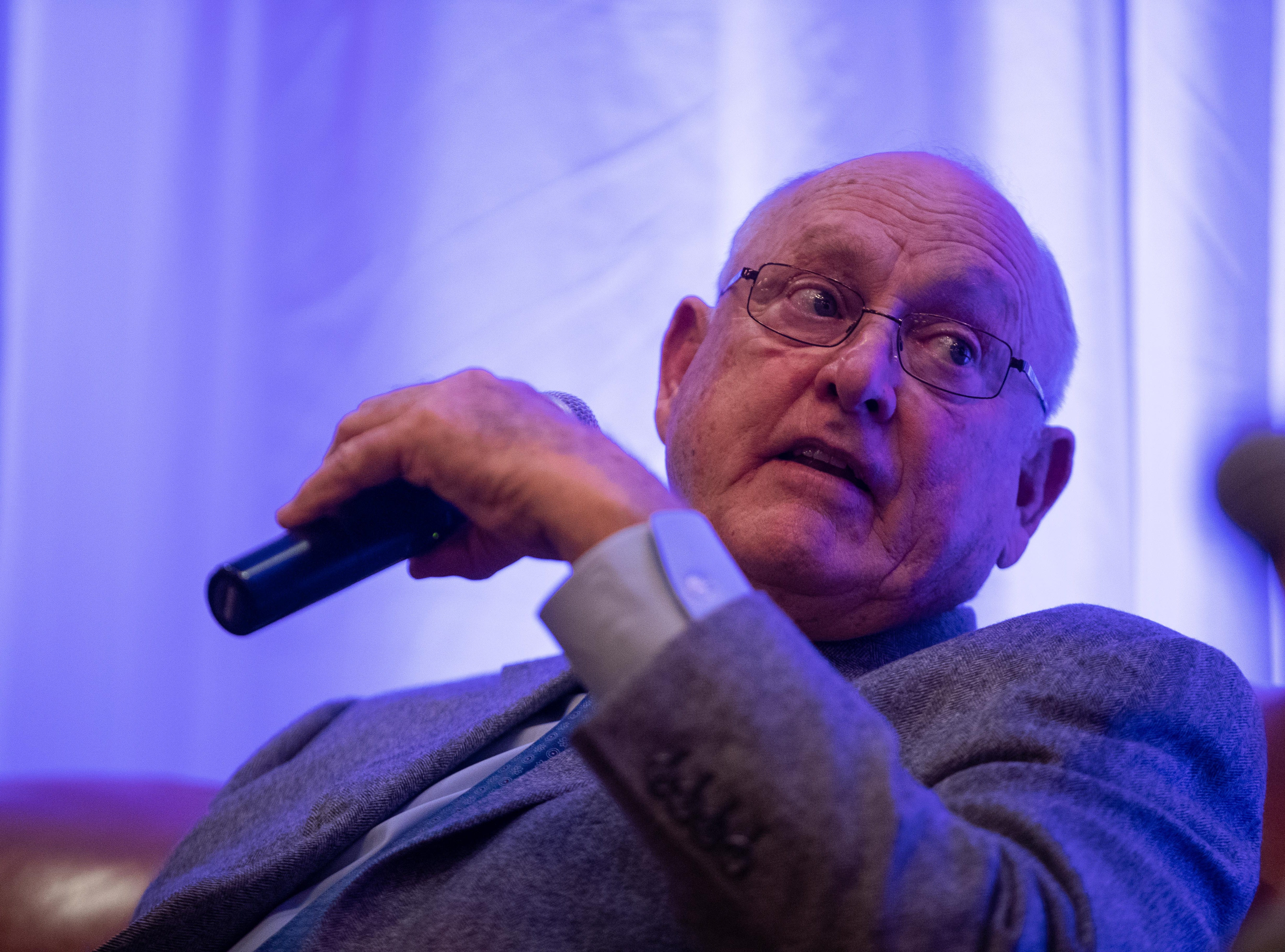 Nolan Ryan talks about Don Sanders during the Hooks South Texas Baseball Banquet at the Omni Hotel on Thursday, Jan. 24, 2019.
