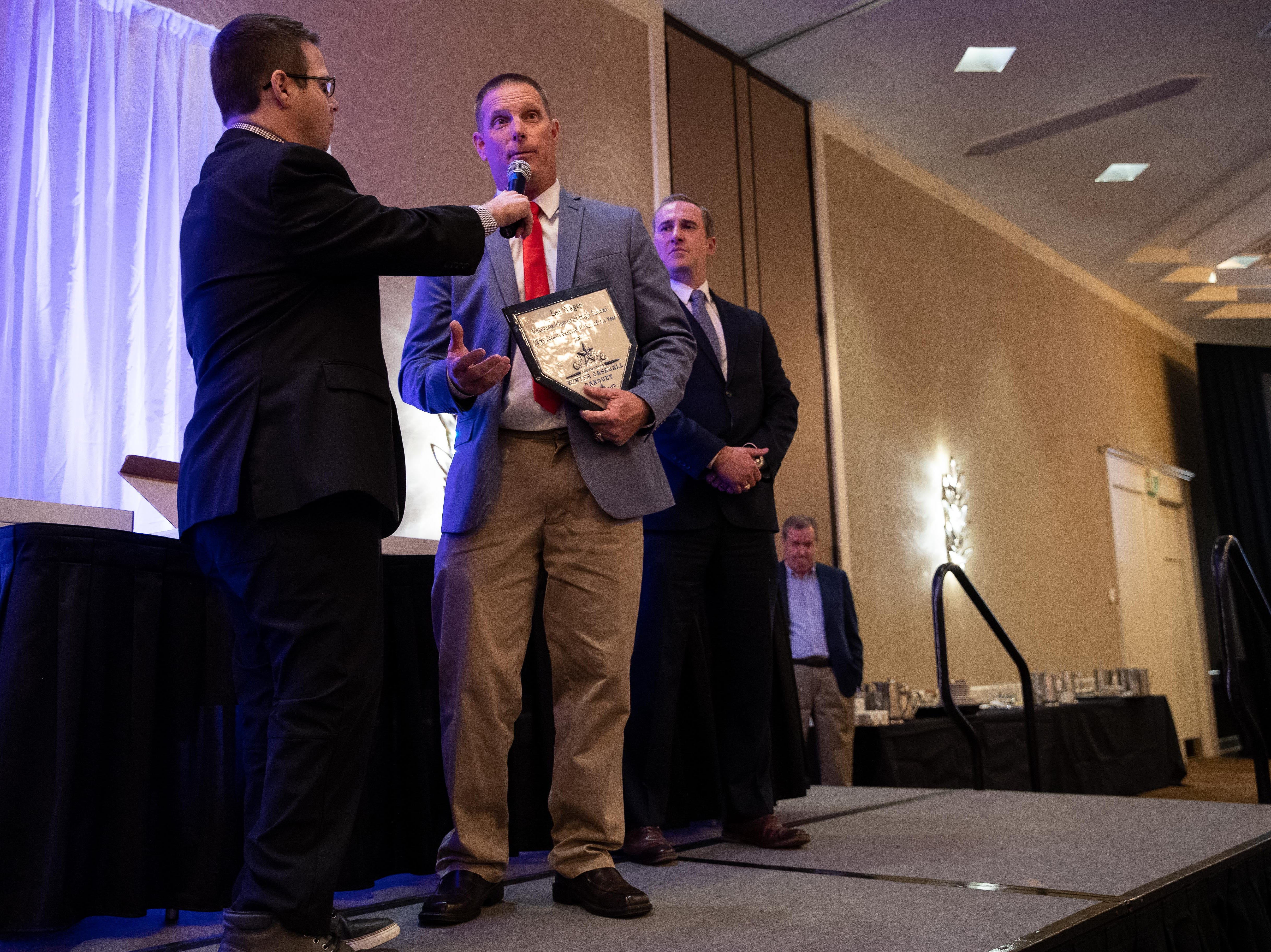 Veterans Memorial's Lee Yeager receives the big school baseball coach of the year award during the Hooks South Texas Baseball Banquet at the Omni Hotel on Thursday, Jan. 24, 2019.
