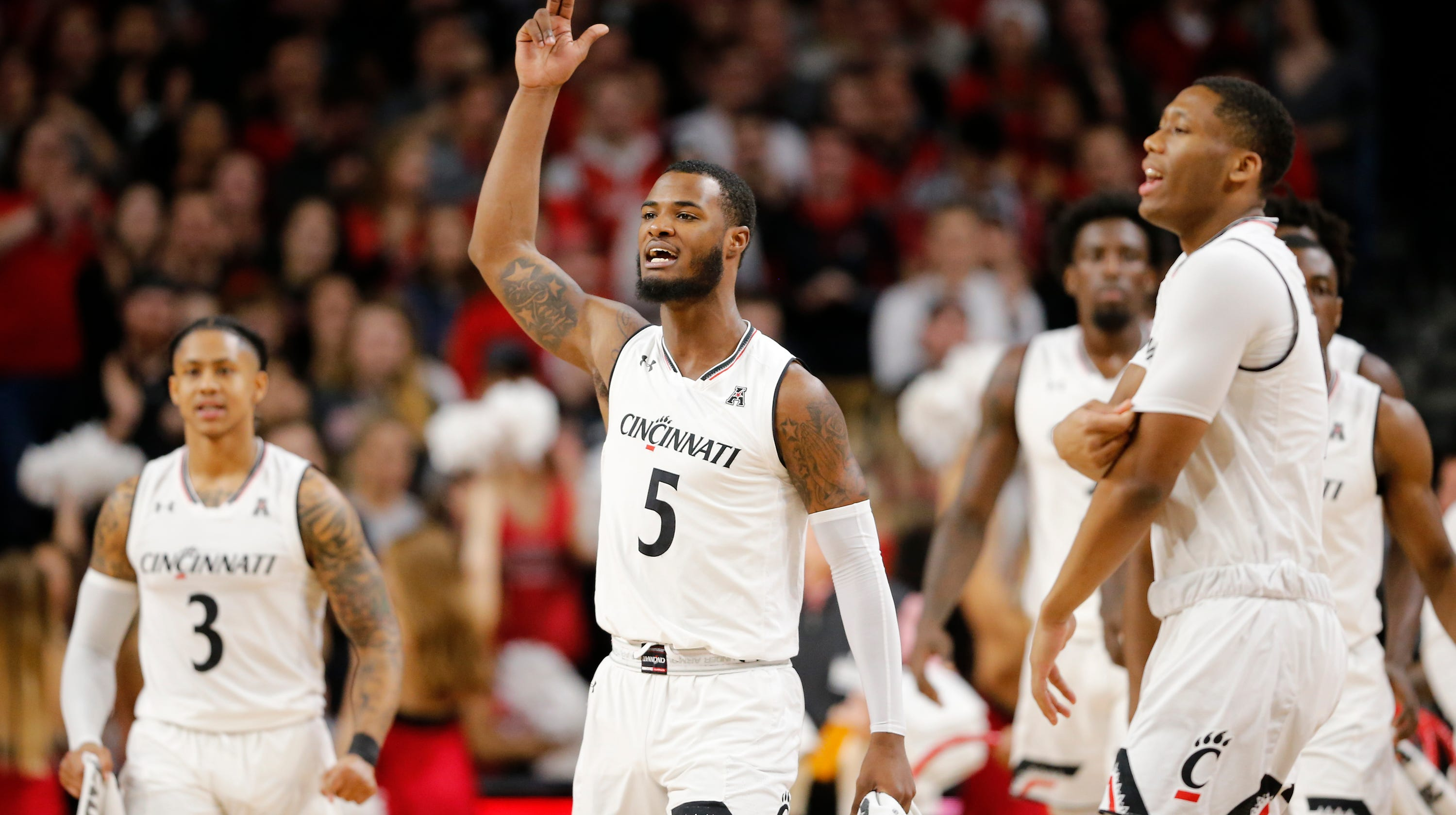 University of Cincinnati Bearcats men s basketball hits road against a  tough Temple team a19b7026d
