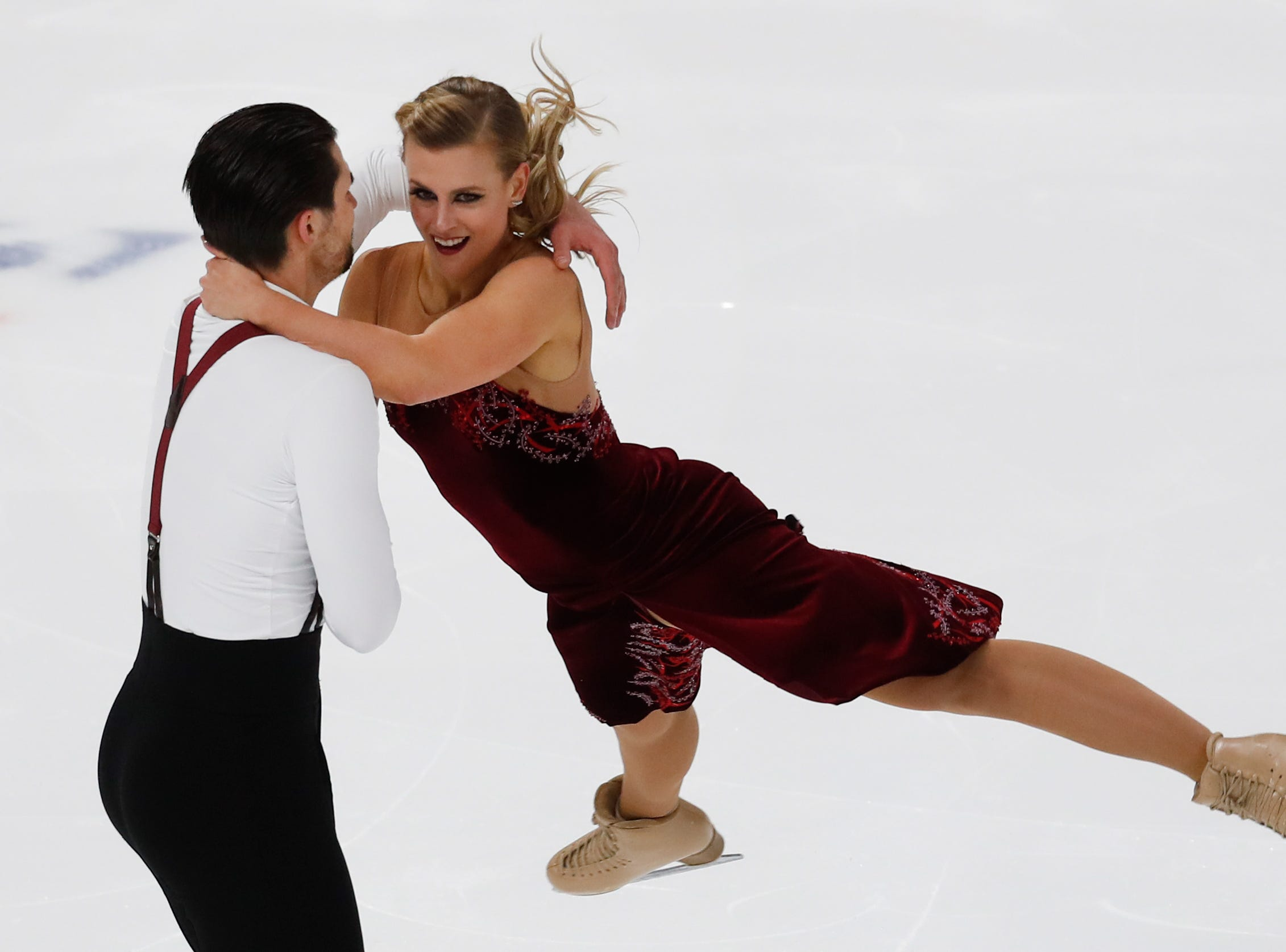 Madison Hubbell and Zachary Donohue perform their rhythm dance program at the U.S. Figure Skating Championships.