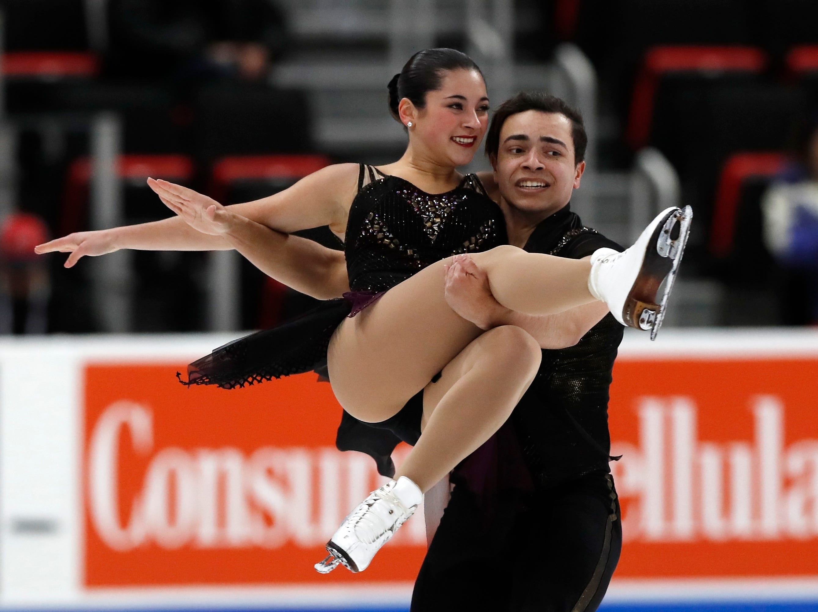 Alannah Binotto and Shiloh Judd perform in the rhythm dance program during the U.S. Figure Skating Championship.