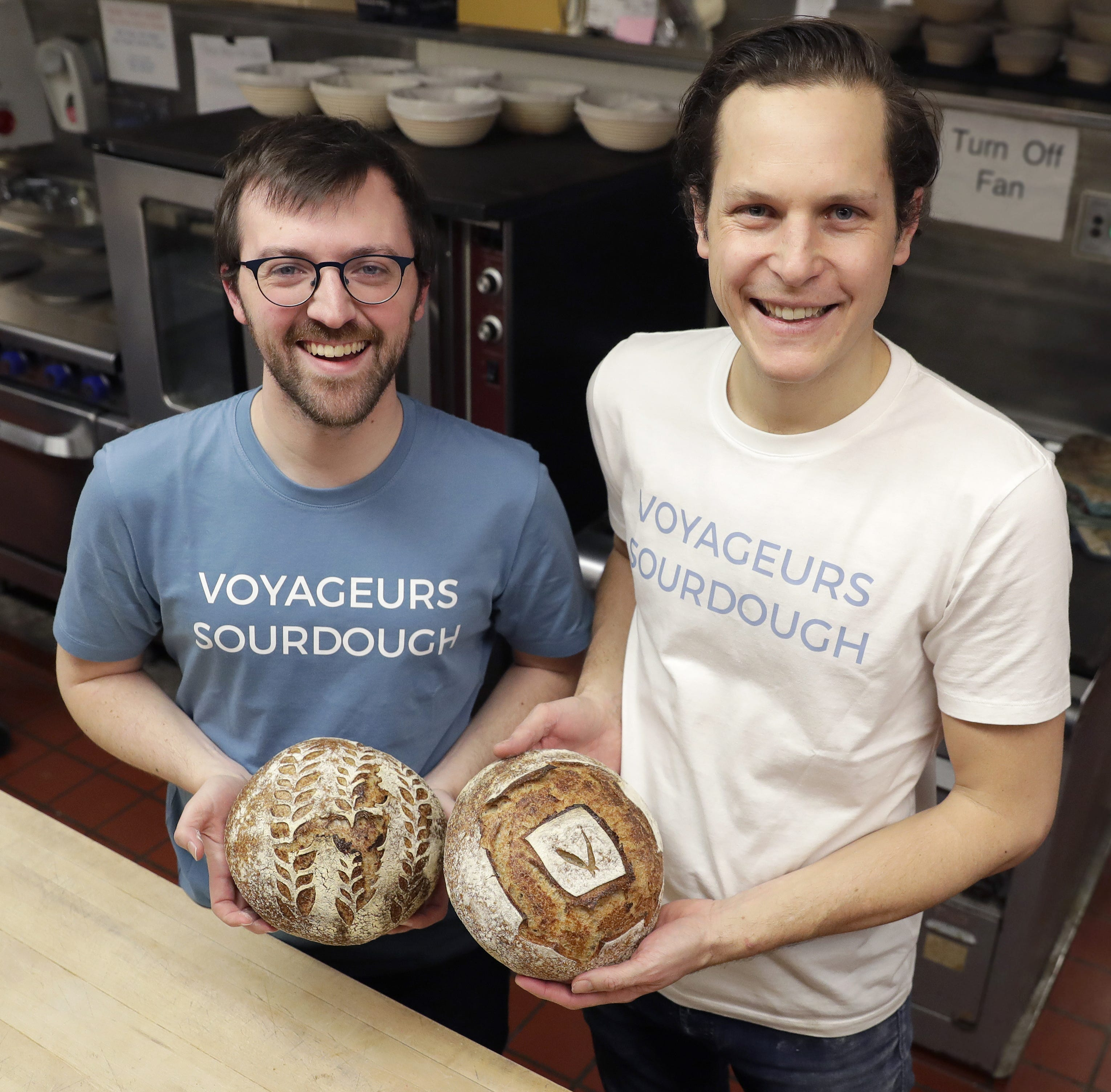 At Voyageurs Sourdough, fresh-baked artisan bread gets delivered to your door