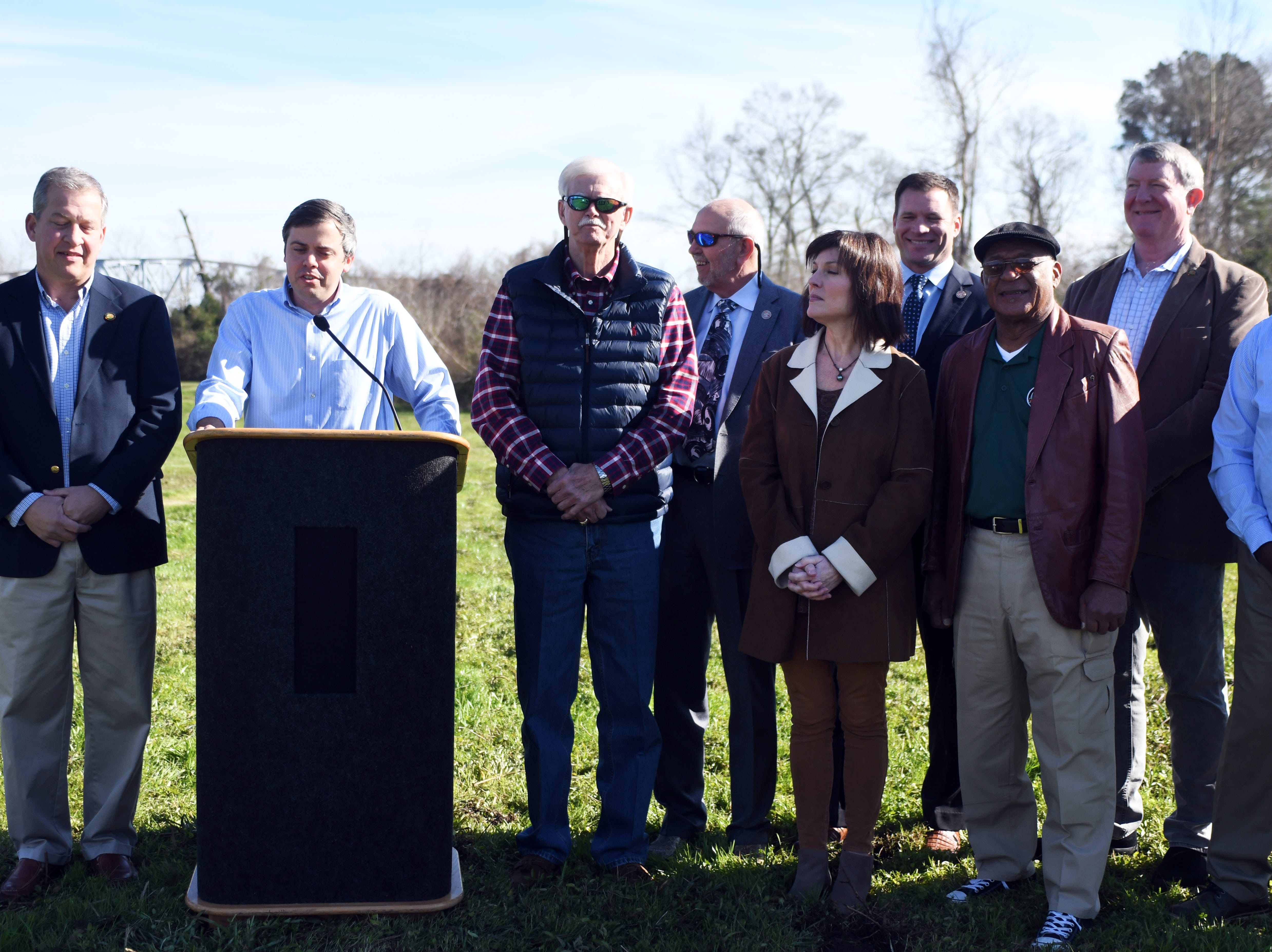 Mayor Toby Barker and Pine Belt area officials announce that the state has given $15.2 million to replace the East Hardy Street bridge between Hattiesburg and Petal.