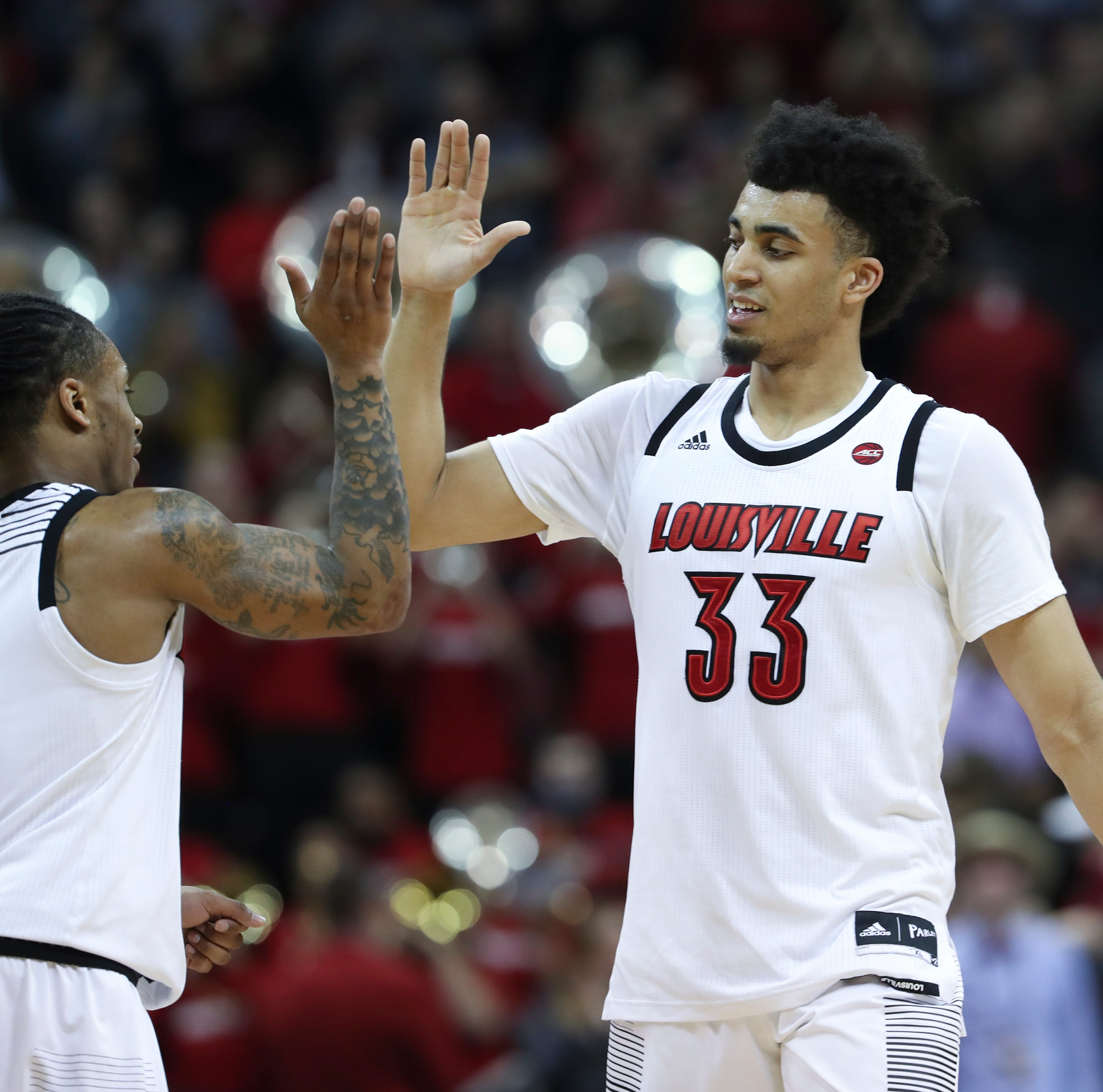 In players-only meeting, Louisville finds they've 'got to give more'