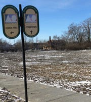 The Muncie Sanitary District has cleared the site of the former Ed's Warehouse at MLK Boulevard and White River.