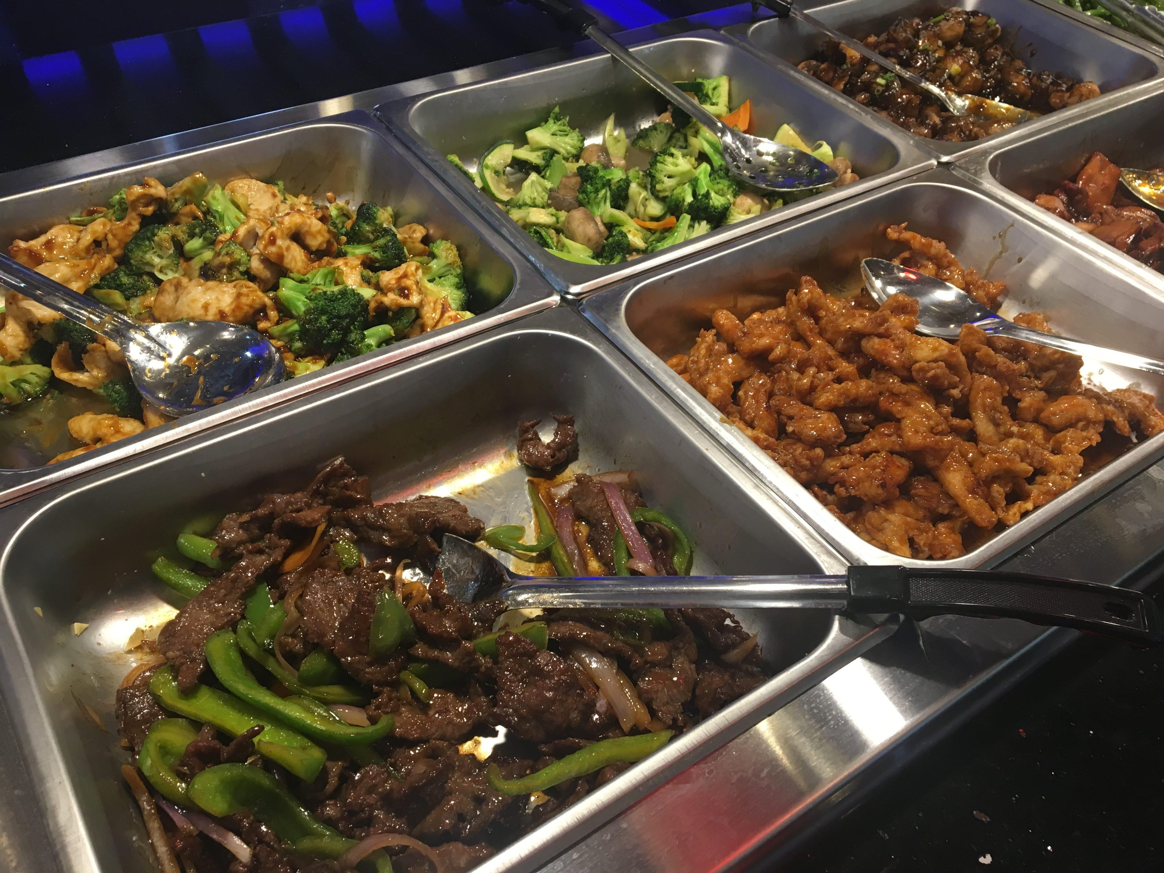 Yoki Buffet favorites include beef pepper steak, Thailand chicken and vegetable stir fry.