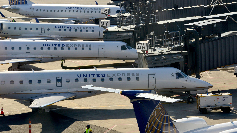 Plane with smoke on board makes emergency landing at Newark