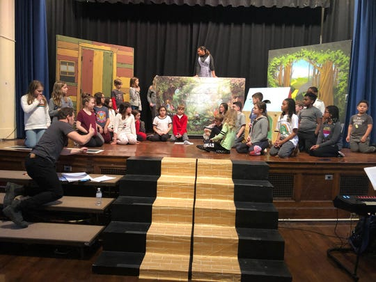 Patrick Wilson, a star of Aquaman, directing Fourth and Fifth Graders in 'The Wizard of Oz,' at Watchung School in Montclair.