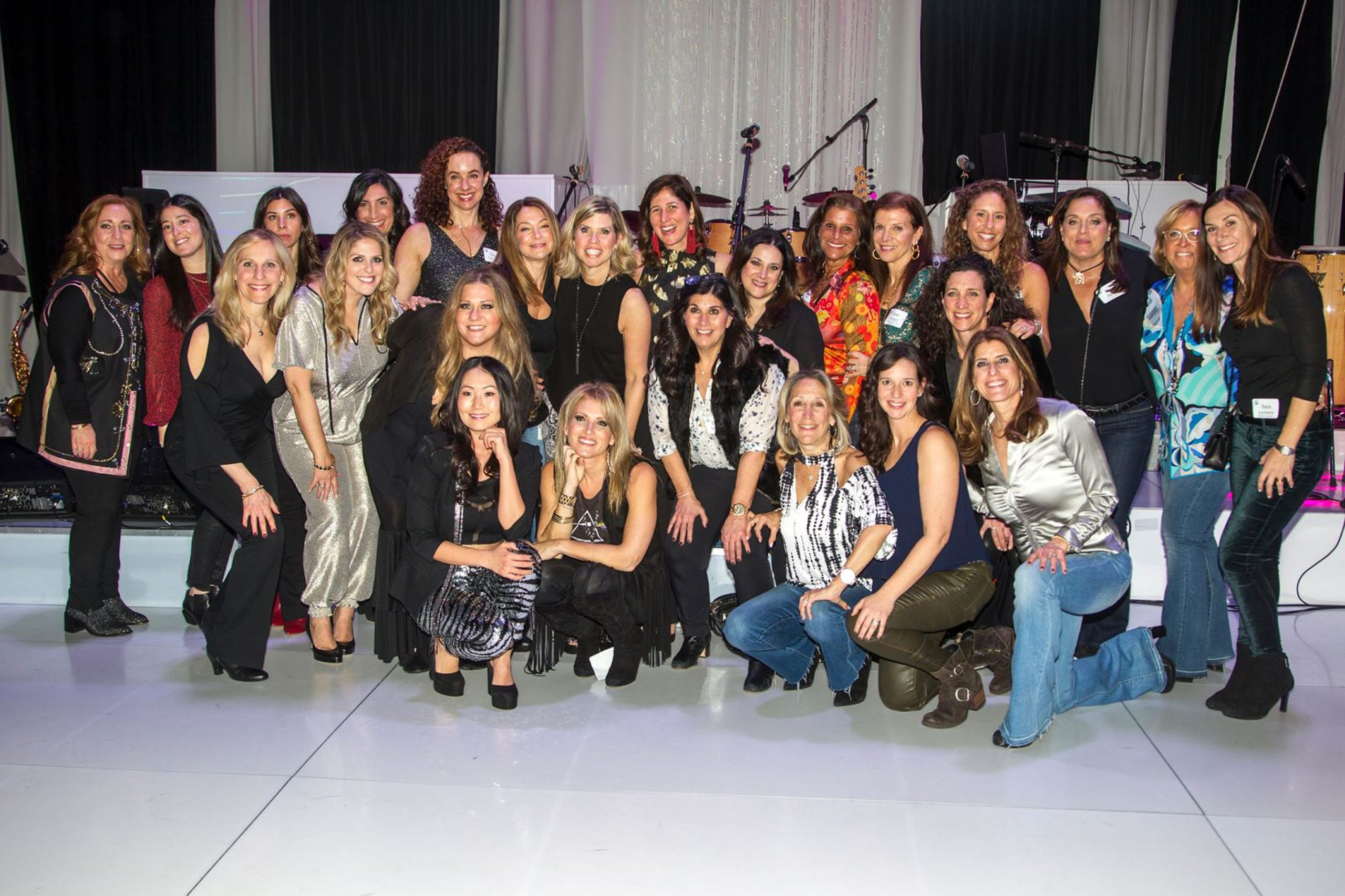 228984453a Jewish Federation of Northern New Jersey held its first Girl's Night Out  dance party at Space