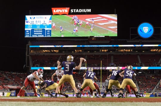 Washington Huskies quarterback Jake Browning (3) throws a pass in the third quarter against the Utah Utes during the 2018 Pac-12 Championship at Levi's Stadium Nov. 30. Washington defeated Utah 10-3. Kirby Lee-USA TODAY Sports