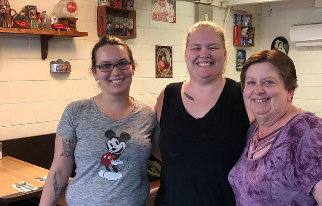 Owner Rita Fore-Whetstine, right, Ashley Hazelwood, center, and Megan Lindsey at Rita's Kitchen in east Redding.