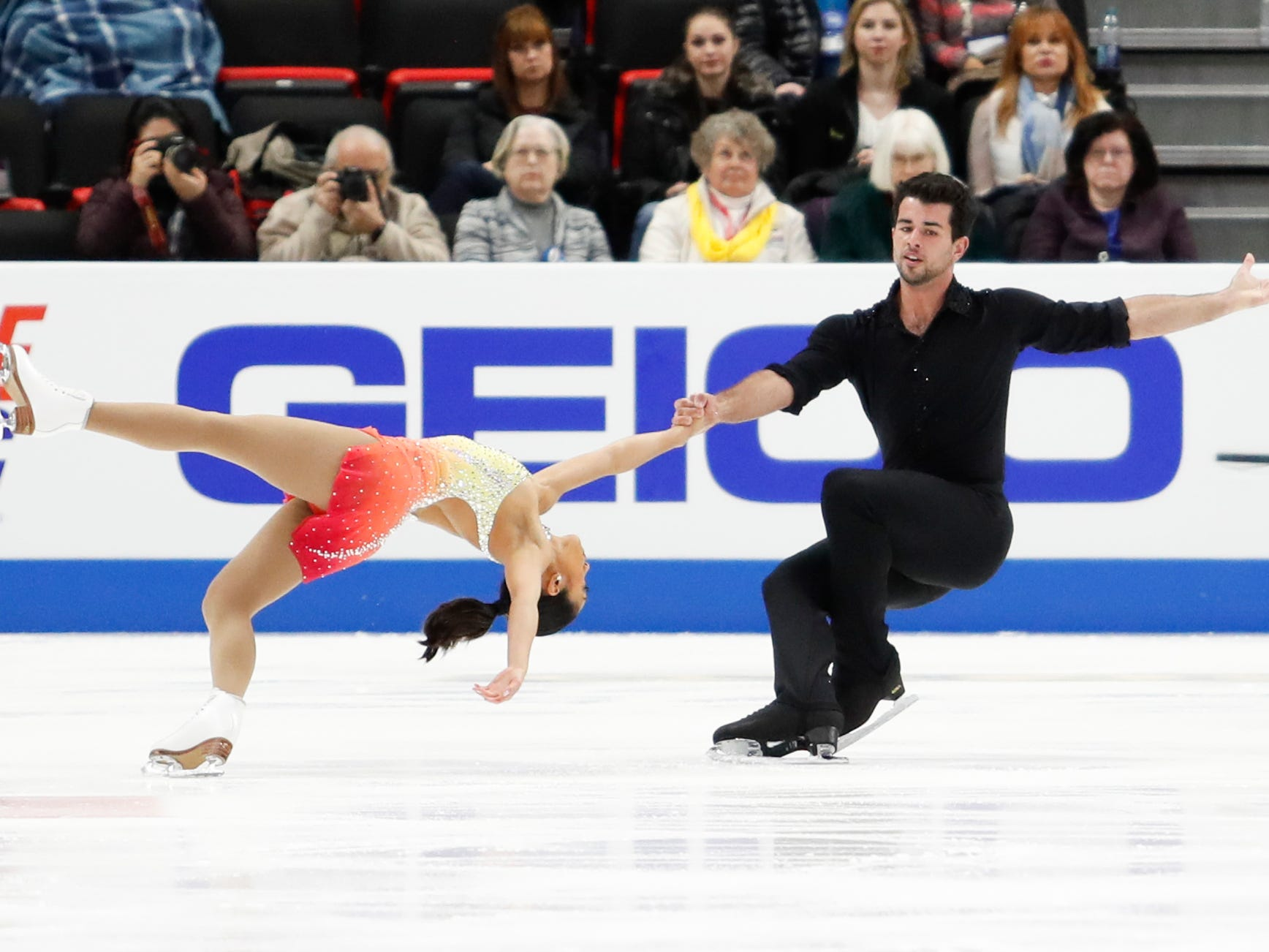 Jessica Calalang and Brian Johnson perform in the pairs short program.