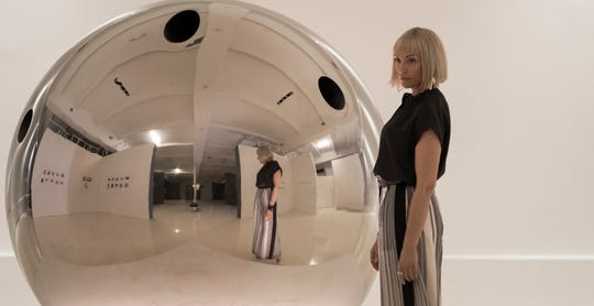 """Toni Collette's breezy L.A .outfits are on point in """"Velvet Buzzsaw."""""""