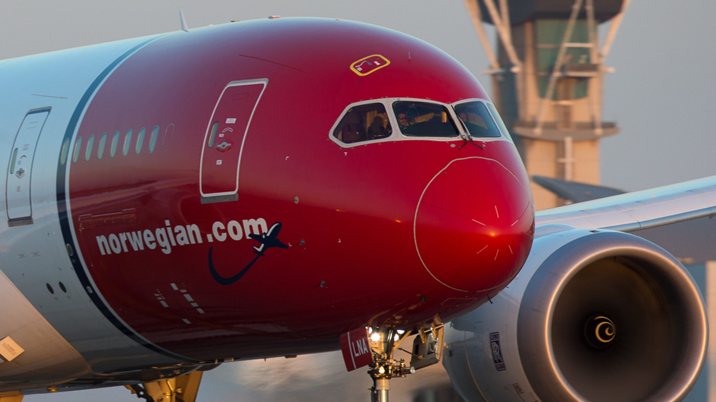 Norwegian Air: Flights to Dublin from Stewart on track with Dreamliner
