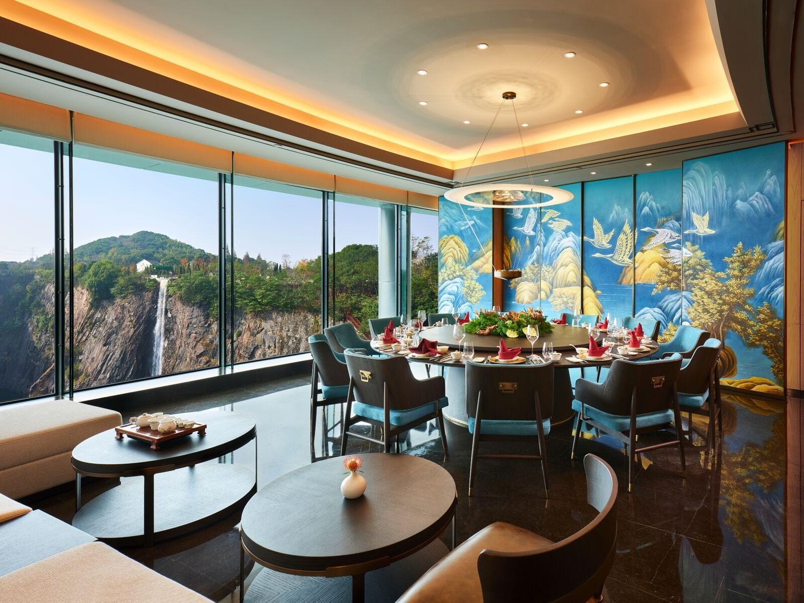 Among the many dining options here is Cai Feng Lou, the Chinese restaurant with beautiful quarry views and a series of private dining rooms.