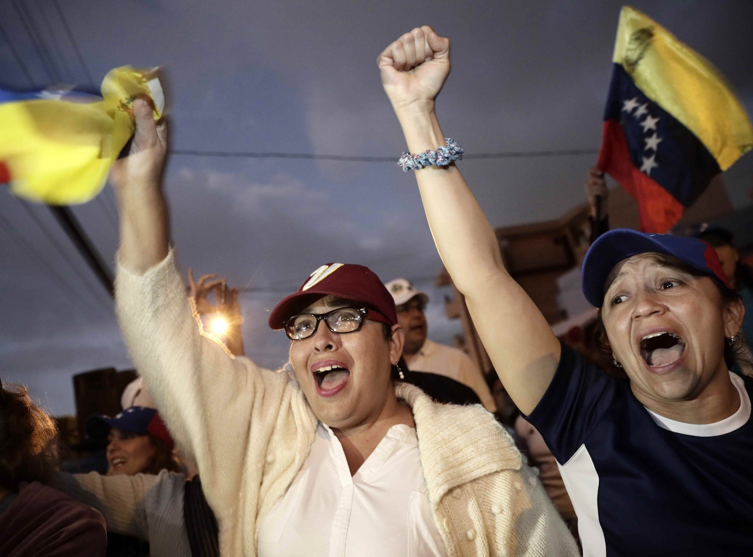Venezuelan groups celebrate the self-proclamation of Juan Guaido (president of the National Assembly) as interim President of Venezuela, in San Jose, Costa Rica.  Different cities throughout the continent were the scene of concentrations of Venezuelans who supported Guaidó and in rejection of the government of President Nicolás Maduro.