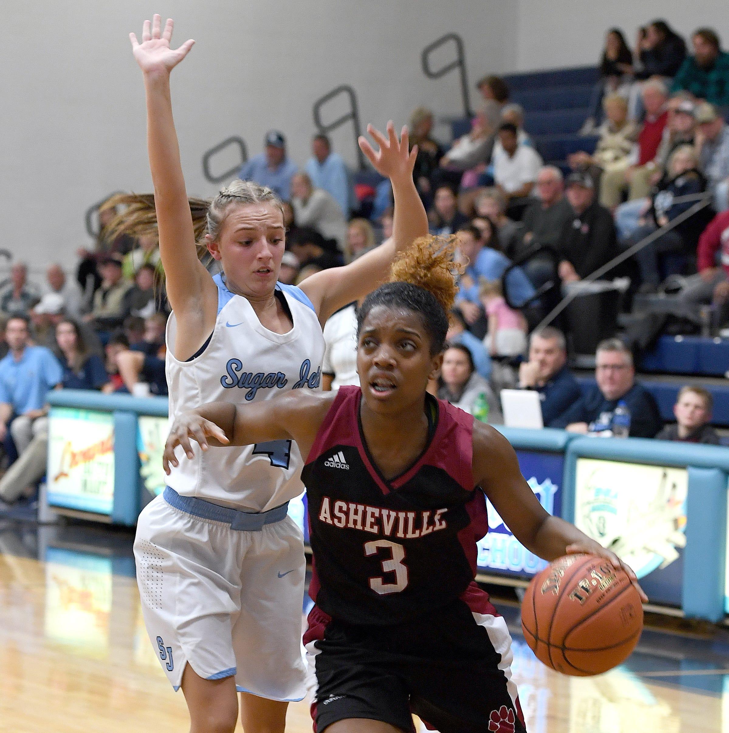 Asheville High's Amber Redmond picks up Division I offer