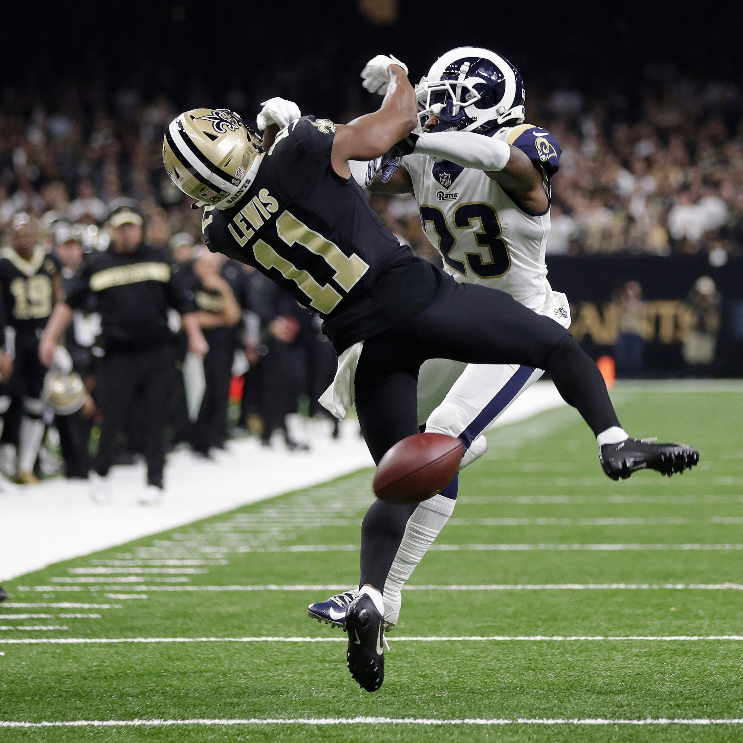 Friday's NFL: Saints fans get crummy on no-call
