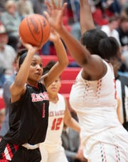 Blue Ridge junior Quadaija Langley (4), shown in an earlier game, scored 10 points in the first half against South Pointe in the Class AAAA second-round playoff game.