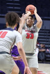 La'Karis Salter shoots for Ole Miss women's basketball