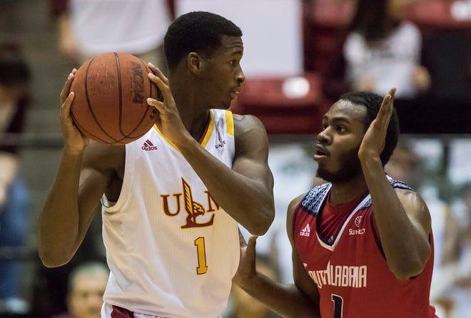 South Alabama became this first visiting team to win at Fant-Ewing Coliseum last Saturday, dropping ULM to 11-8 overall and 4-3 in the Sun Belt. The Jaguars were the 11th team, and third-in-a-row, to shoot 50 percent-or-better from the field against the Warhawks in the second half.
