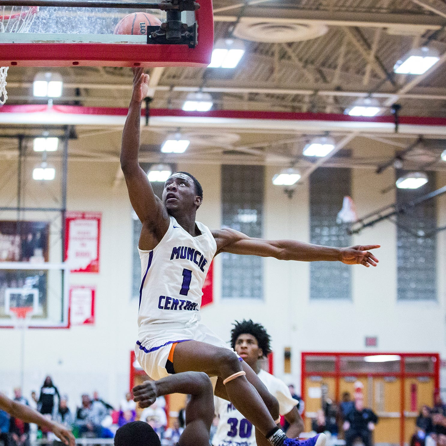 Muncie Central basketball closes out Southside era in style