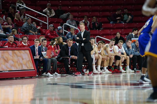 South Dakota coach Todd Lee during Saturday's game against Western Illinois on Jan. 26, 2019 at the SCSC.