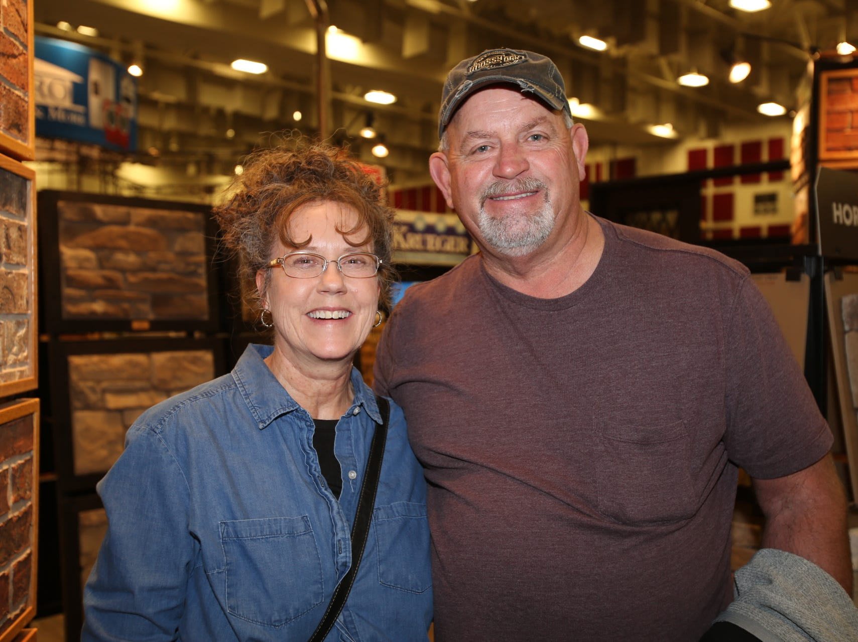 Cindy and Howard Frazier