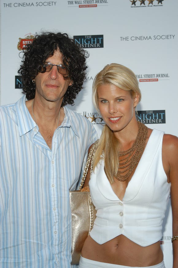 Howard Stern and Beth Ostrosky Stern in 2006.